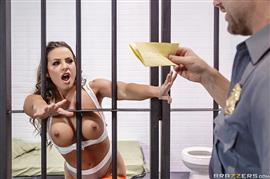 realwifestories-18-03-28-abigail-mac-horny-and-dangerous-conjugal-visit.jpg