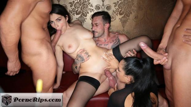 dorcelclub-18-03-30-valentina-nappi-and-katrina-moreno-so-xtrem.jpg