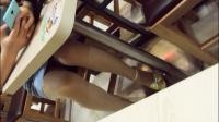 冷先生/冷s 短牛仔裙 真空 餐厅露出 木制道路 振动棒潮吹 喷湿木板