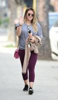 hilary-duff-outside-the-gym-in-la-33118-11.jpg