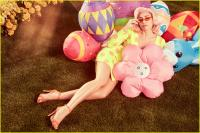 miley-cyrus-poses-with-pastels-for-dreamy-vogue-easter-photo-shoot-02.jpg