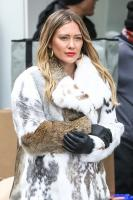 hilary-duff-filming-younger-in-nyc-32718-36.jpg