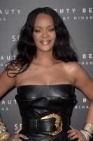 rihanna-wears-black-leather-launching-her-beauty-line-in-milan-4518-4.jpg