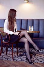 Ariadna Majewska - social media thread 67845884_ari_majczarne-rajstopy-spodniczka