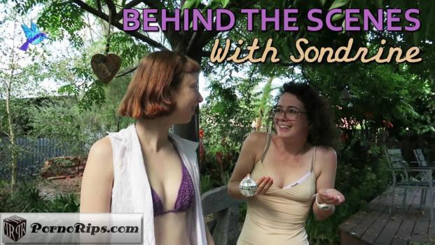 girlsoutwest-18-04-09-sondrine-bts.jpg