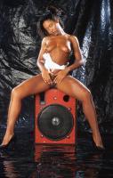 Lynnpops lynn pops lynn naked with speakers nude gallery