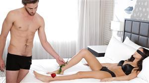 nubilefilms-18-04-11-ariana-marie-romance-and-roses.jpg