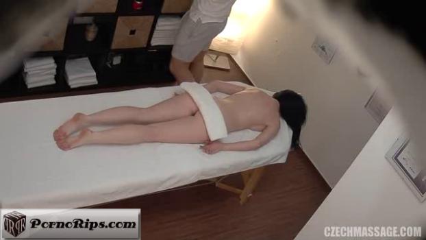 czechmassage-18-04-11-massage-394.png
