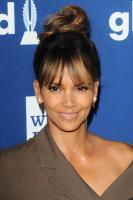 halle-berry-29th-annual-glaad-media-awards-in-beverly-hills-41218-3.jpg