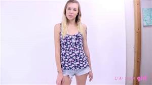 lanewgirl-17-12-26-jasmin-modeling-audition.jpg