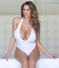 Lowrider boobs