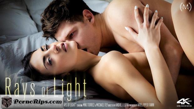 sexart-18-04-22-miki-torrez-rays-of-light.jpg
