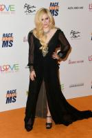 avril-lavigne-25th-annual-race-to-erase-ms-gala-in-beverly-hills-42018-6.jpg