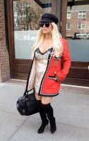 jessica-simpson-wearing-a-slipdress-heading-out-amp-about-in-new-york-42318-5.jpg