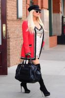 jessica-simpson-wearing-a-slipdress-heading-out-amp-about-in-new-york-42318-8.jpg