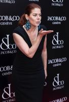 debra-messing-grand-reopening-of-the-jacob-amp-co-flagship-store-in-nyc-42618-7.jpg