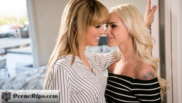 mommysgirl-18-04-28-cherie-deville-and-emma-hix-the-family-recipe.jpg